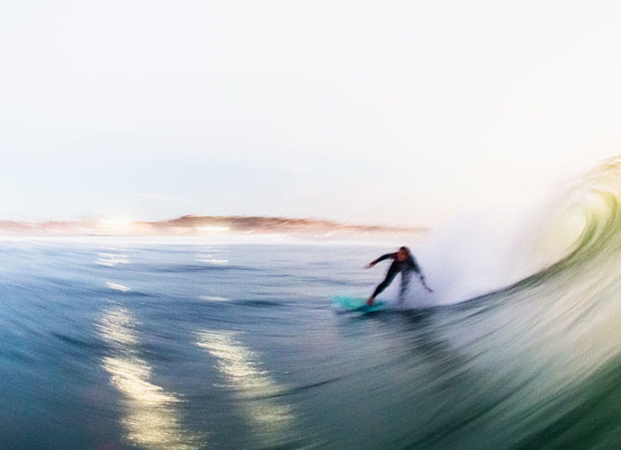 Surfer riding a wabe
