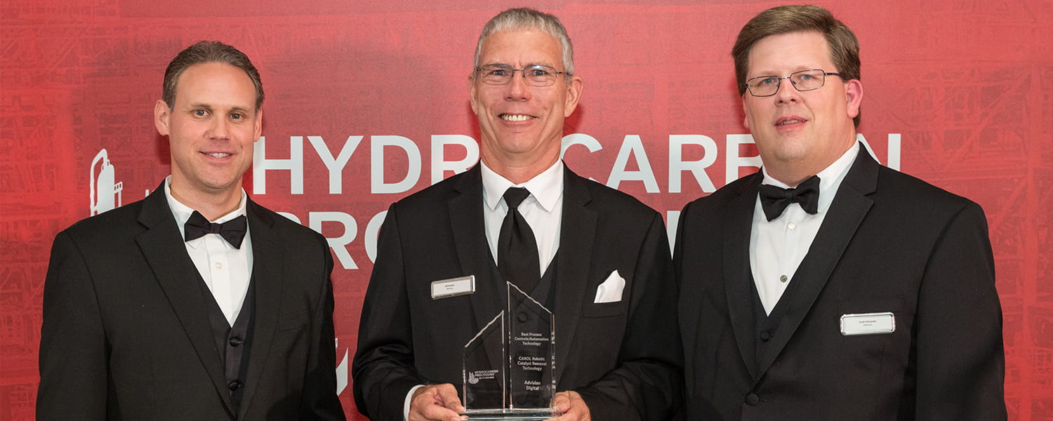 Advisian Digital accepts Best Process Controls, Automation Technology Award at the 2019 HP Awards
